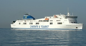 caronte-tourist-nave